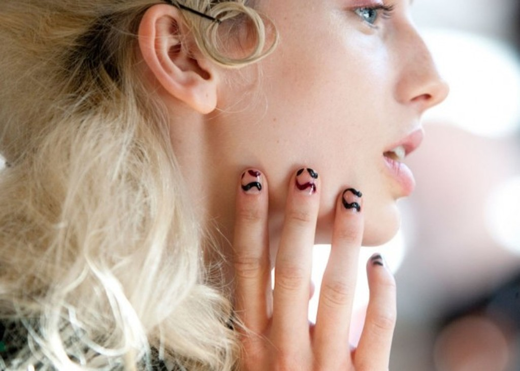 short and rounded nails (6)