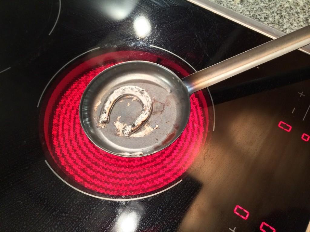 Melting tin for telling the future