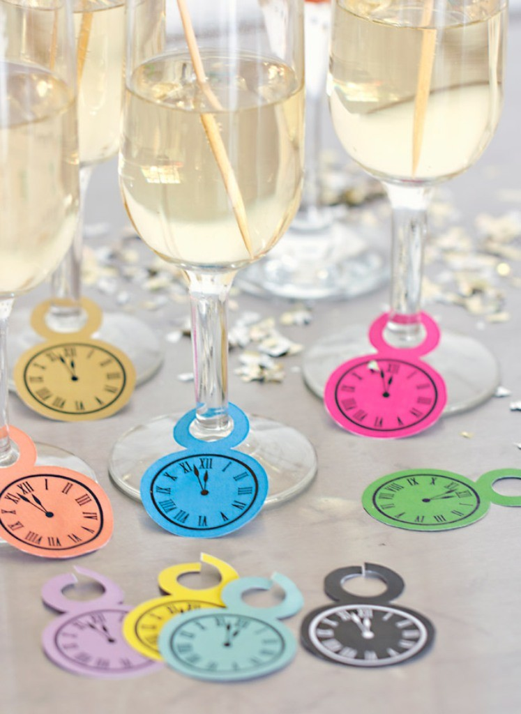 new years eve party wine glasses