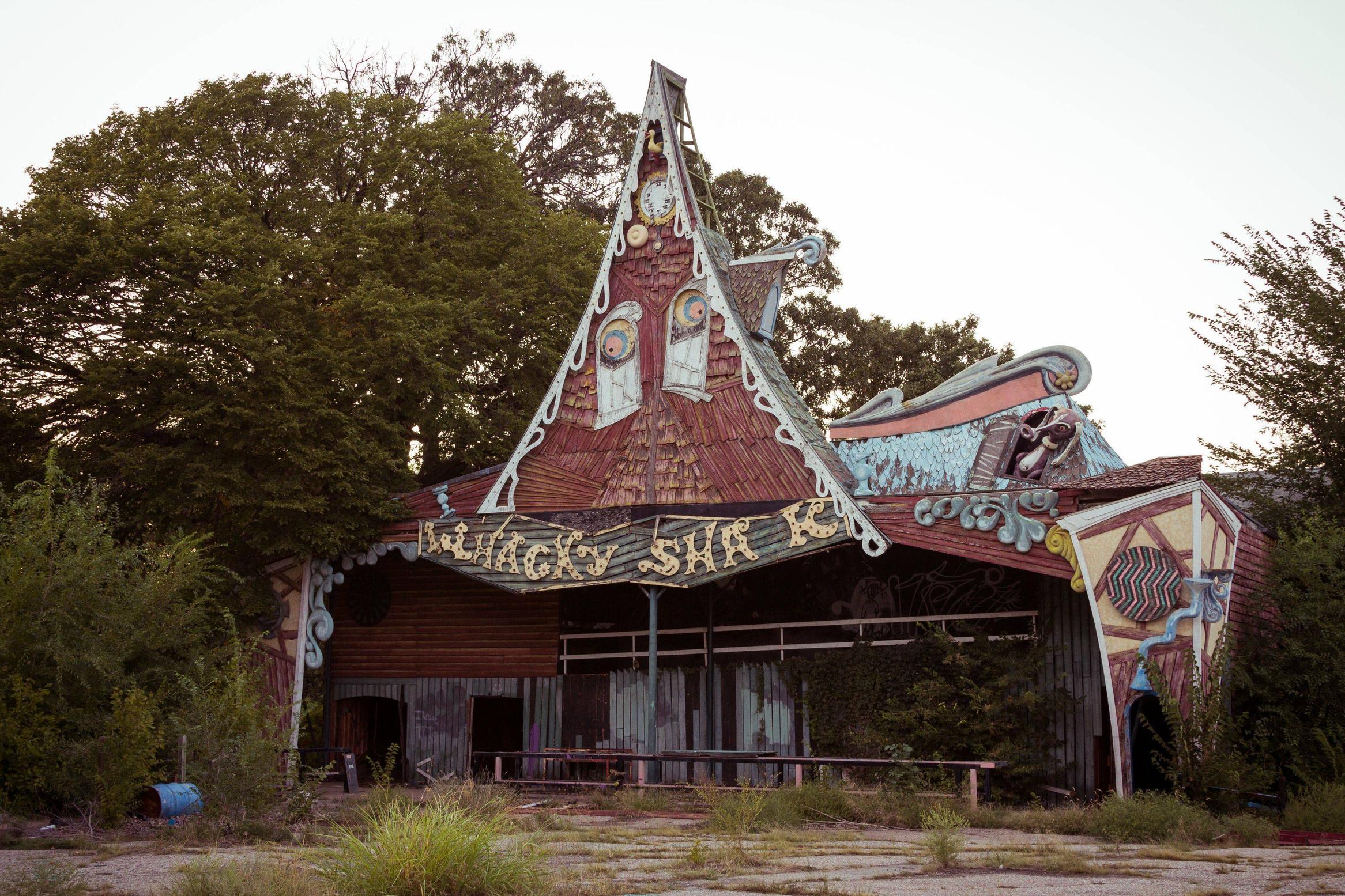 whacky-shack