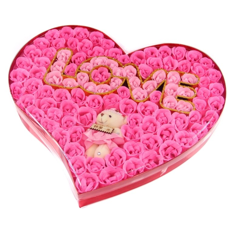 Create a heart-shaped gift (5)