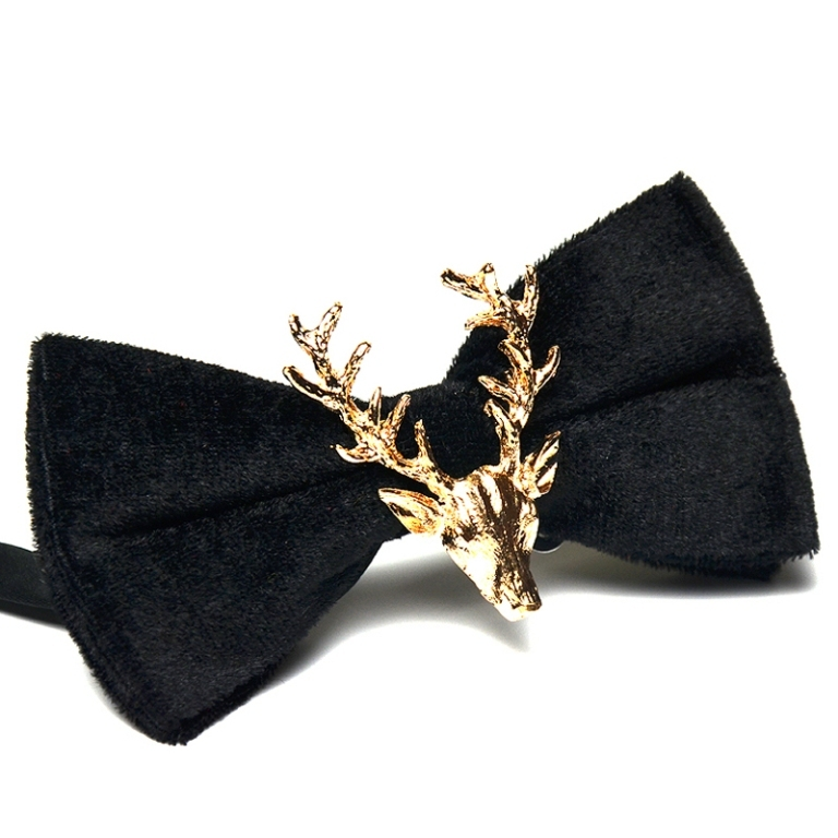 Neckties and bows for men