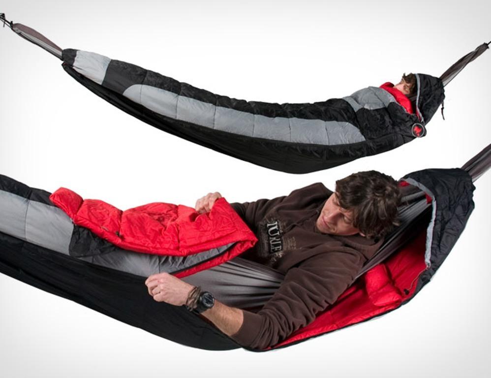 sleeping bags (4)