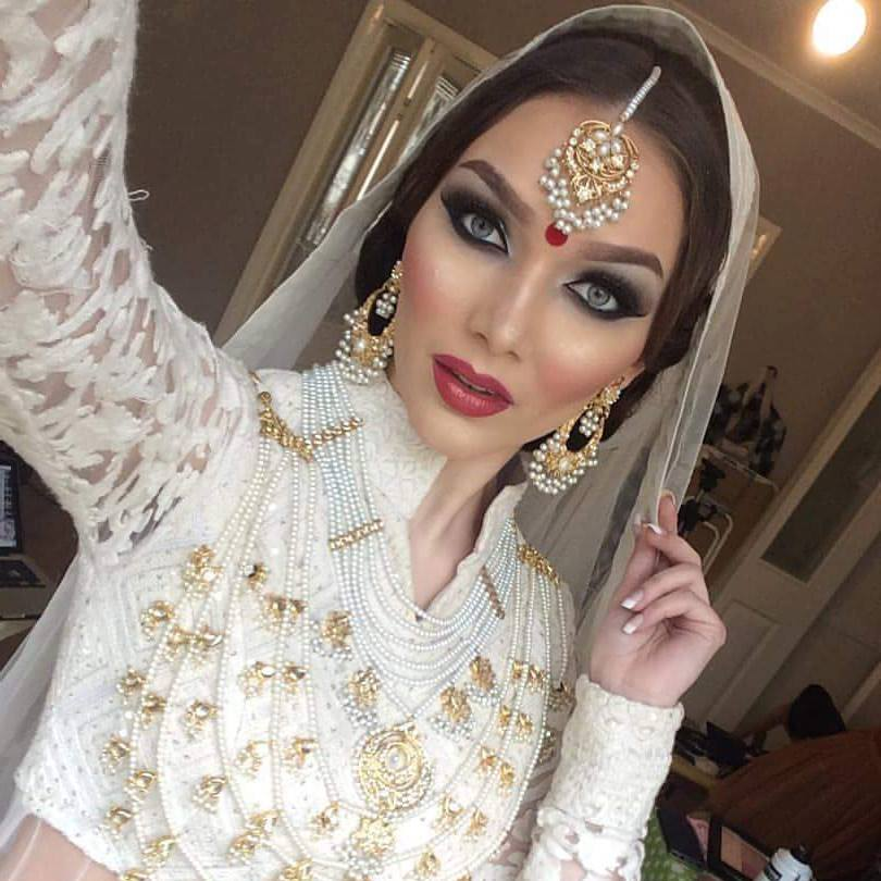 87 Best Beauty Fashion Around The World Images On: Top 10 Best Makeup Artists Around The World