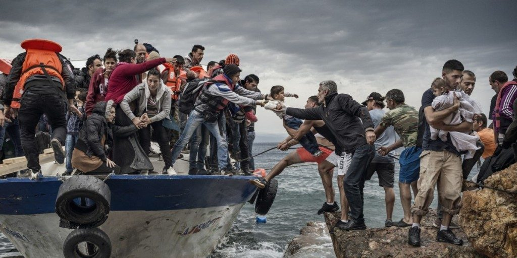 how to become a photojournalist canada