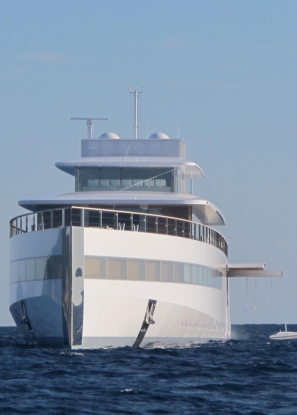 b5r7snhttq2eebrr0ayg_portrait-venus-yacht-tender-launched-1260x1760