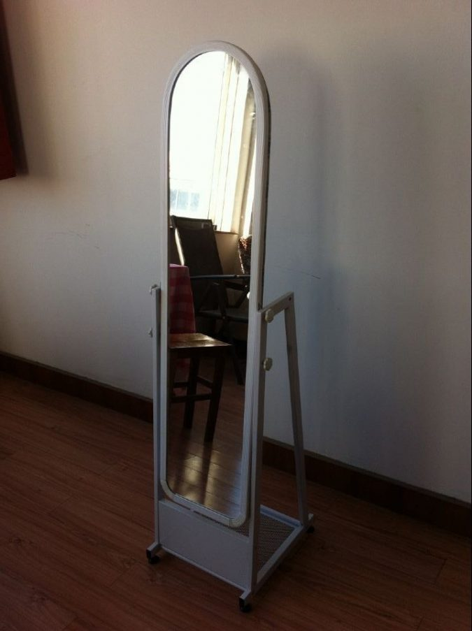 Ironing board mirror2