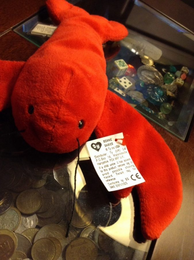 Punchers the Lobster Beanie Baby2