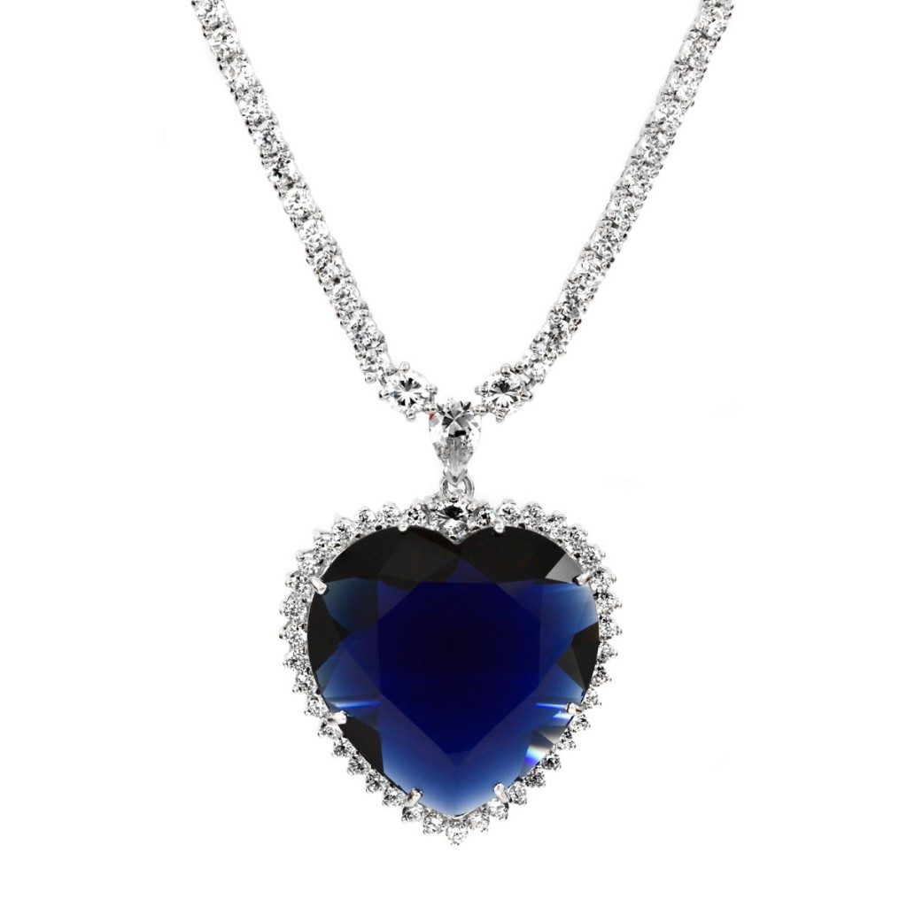 heart-of-the-ocean-diamond-necklace2