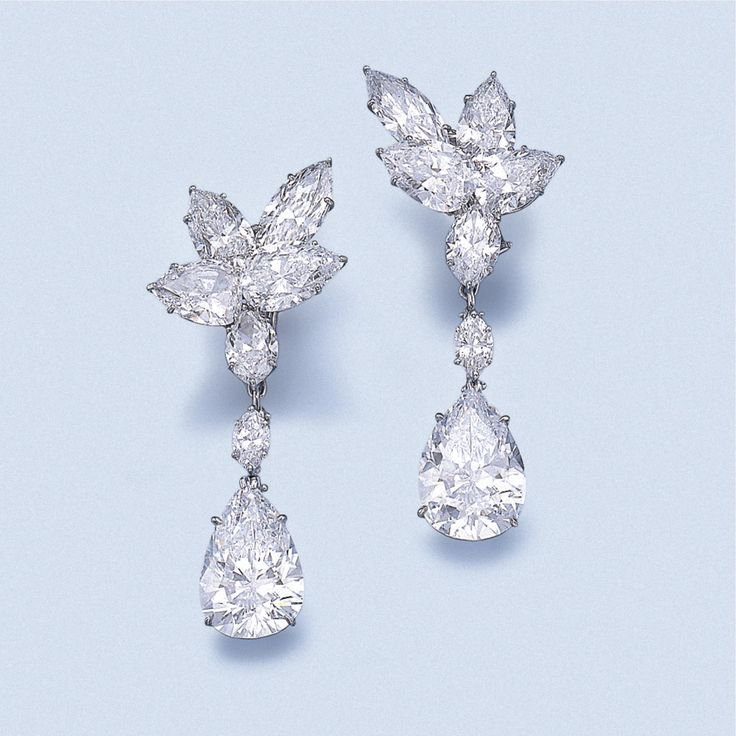 mr-winstens-queenly-pear-shaped-earrings2
