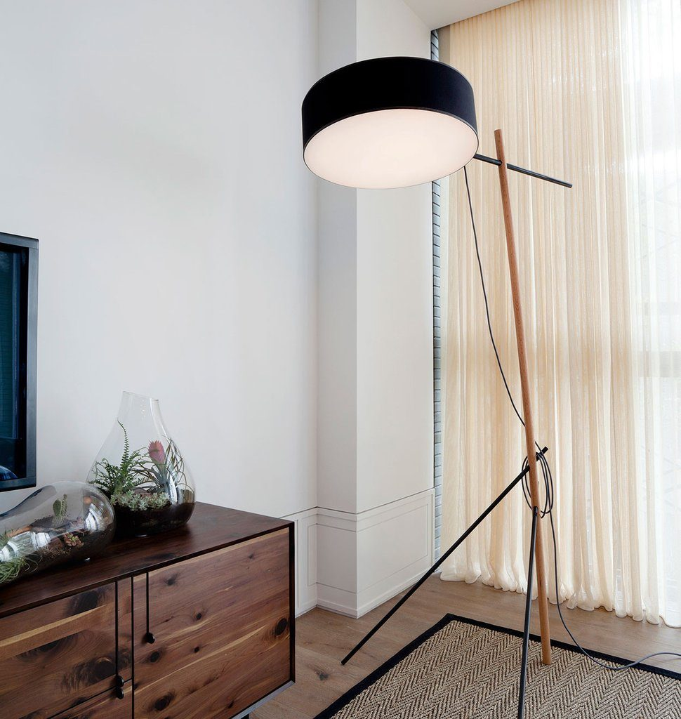 excel-floor-lamp2
