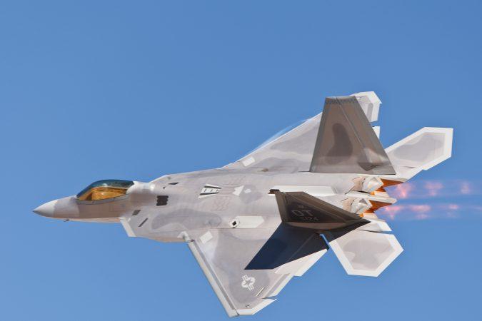 f-22-raptor2