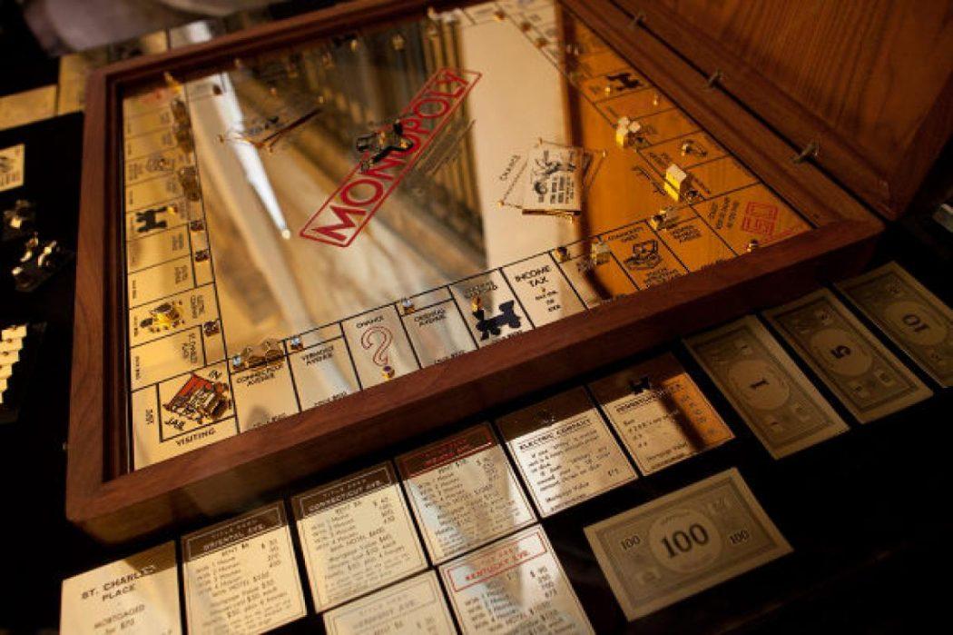golden-monopoly3