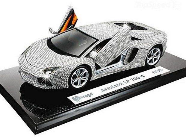 lamborghini-aventador-model-car2