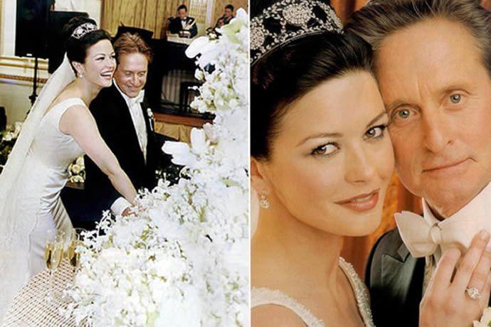 michael-douglas-and-catherin-zeta-jones-vanilla-wedding-cake2