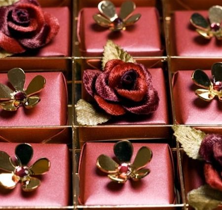 swarovski-studded-chocolates1