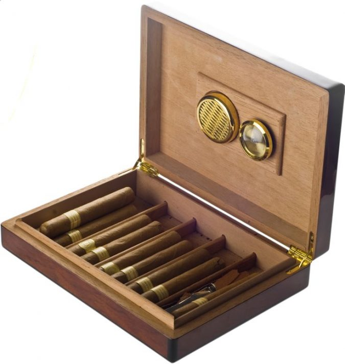 cigars-box