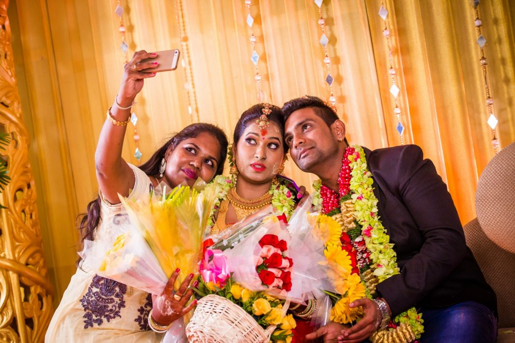 candid-wedding-photography-mutharasu-st1