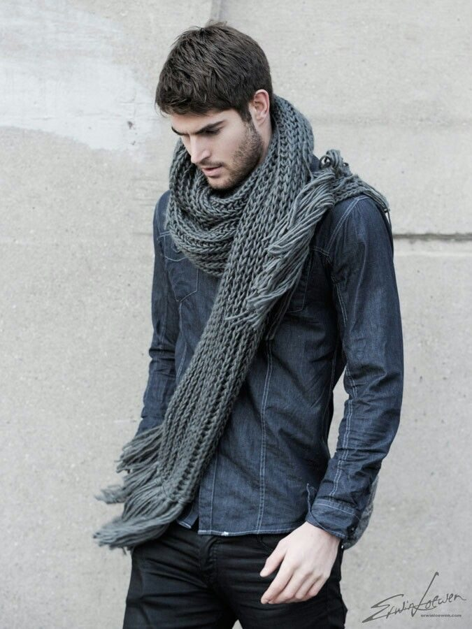 2017 Fashion: Men's Perfect Scarf