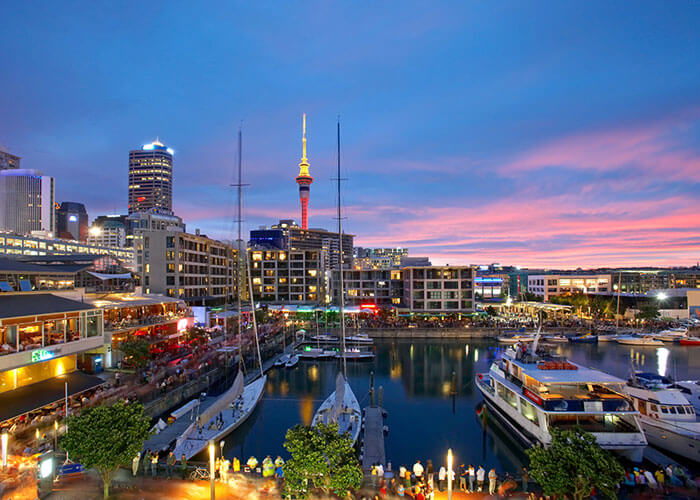 Photo of Top 10 Must-Visit Places in New Zealand
