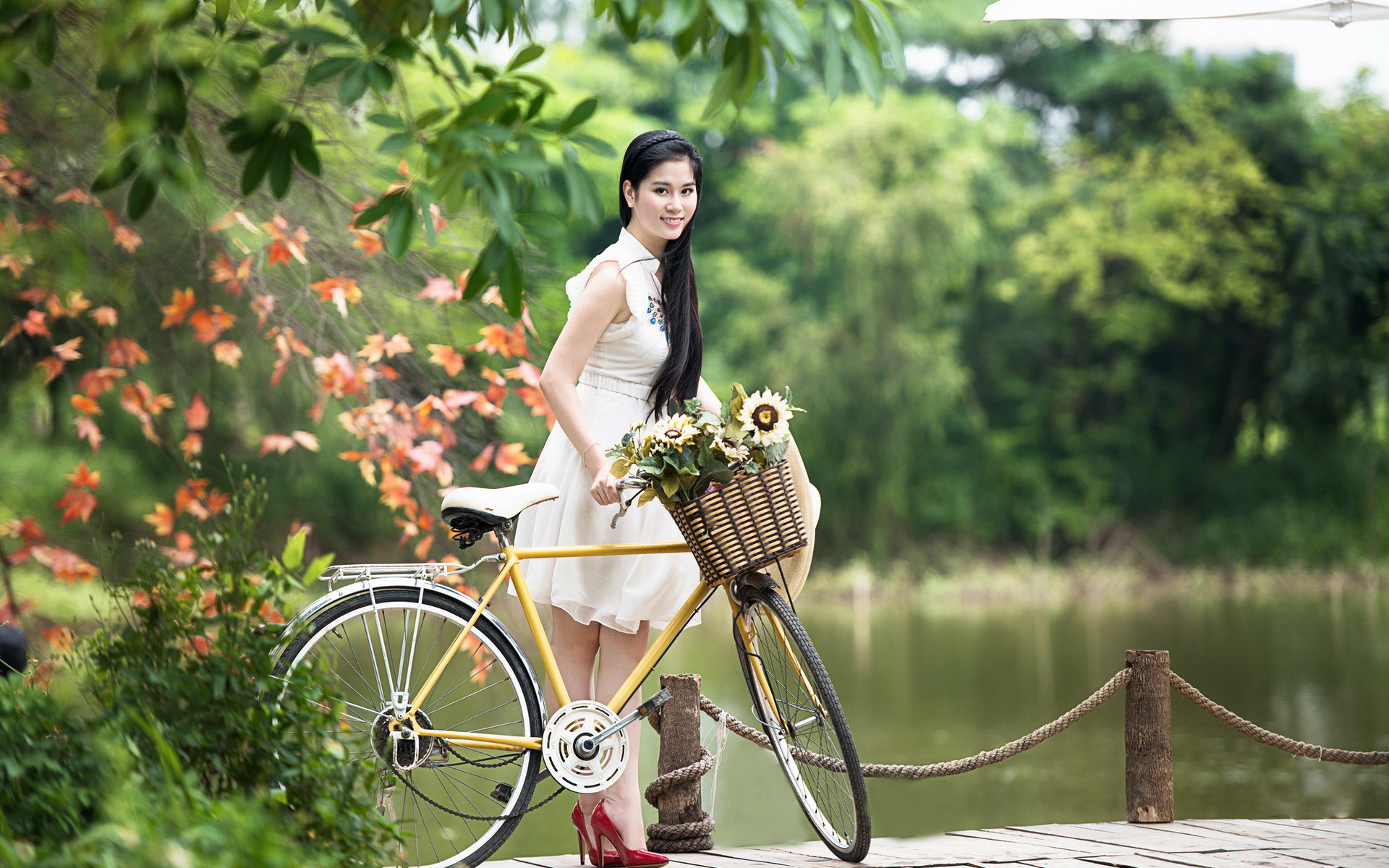 Photo of Top Ten Reasons Why Every Woman Should Have a Bicycle