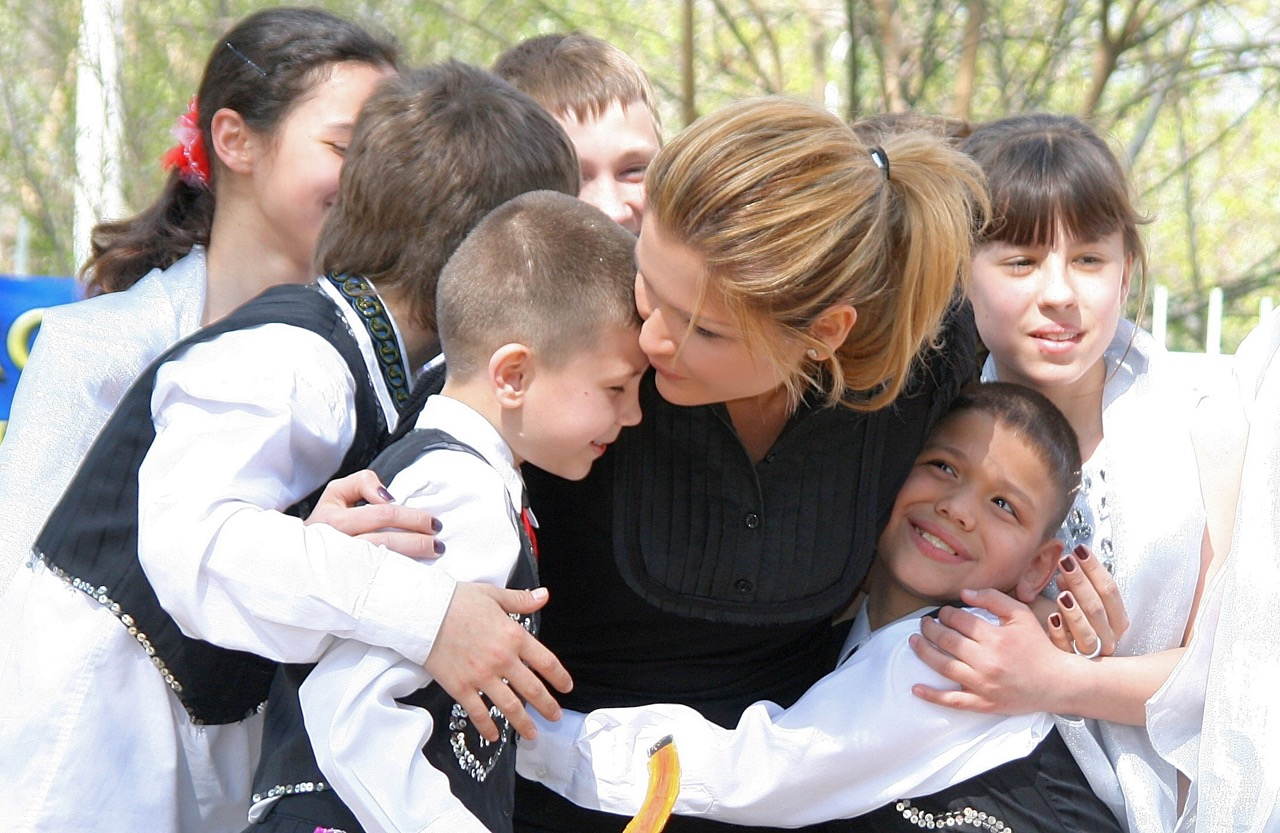 Photo of Top 10 Public Figures Positively Impacting the Underprivileged