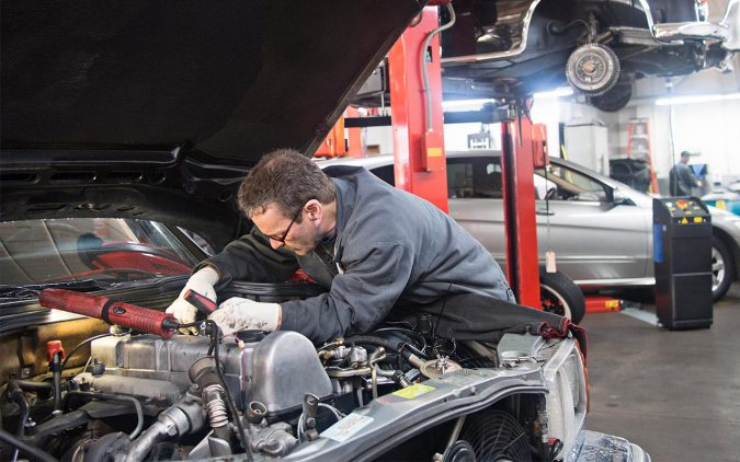 Hasil gambar untuk Tips To Help You Choose A Really Good Auto Repair Shop