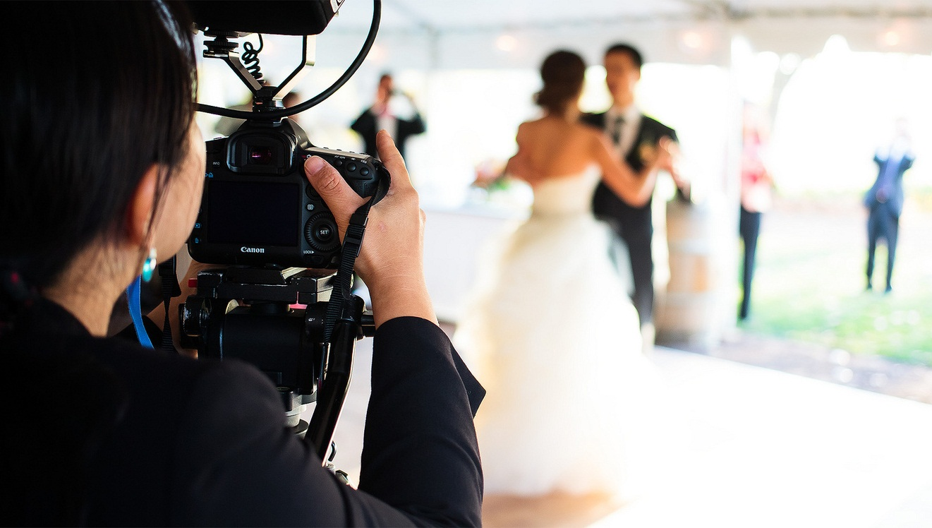 Photo of Top 10 Questions to Ask Wedding Photographers Before Booking