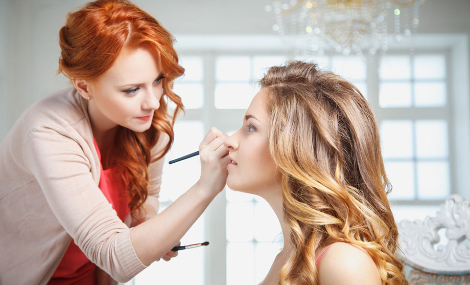 Photo of Top 10 Steps to Become a Celebrity Makeup Artist and Start Your Business