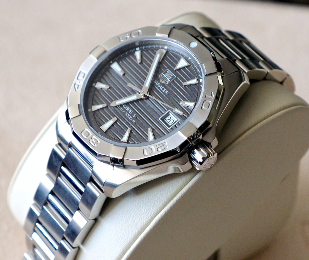 Photo of Top Tips for Buying a Tag Heuer Aquaracer Watch