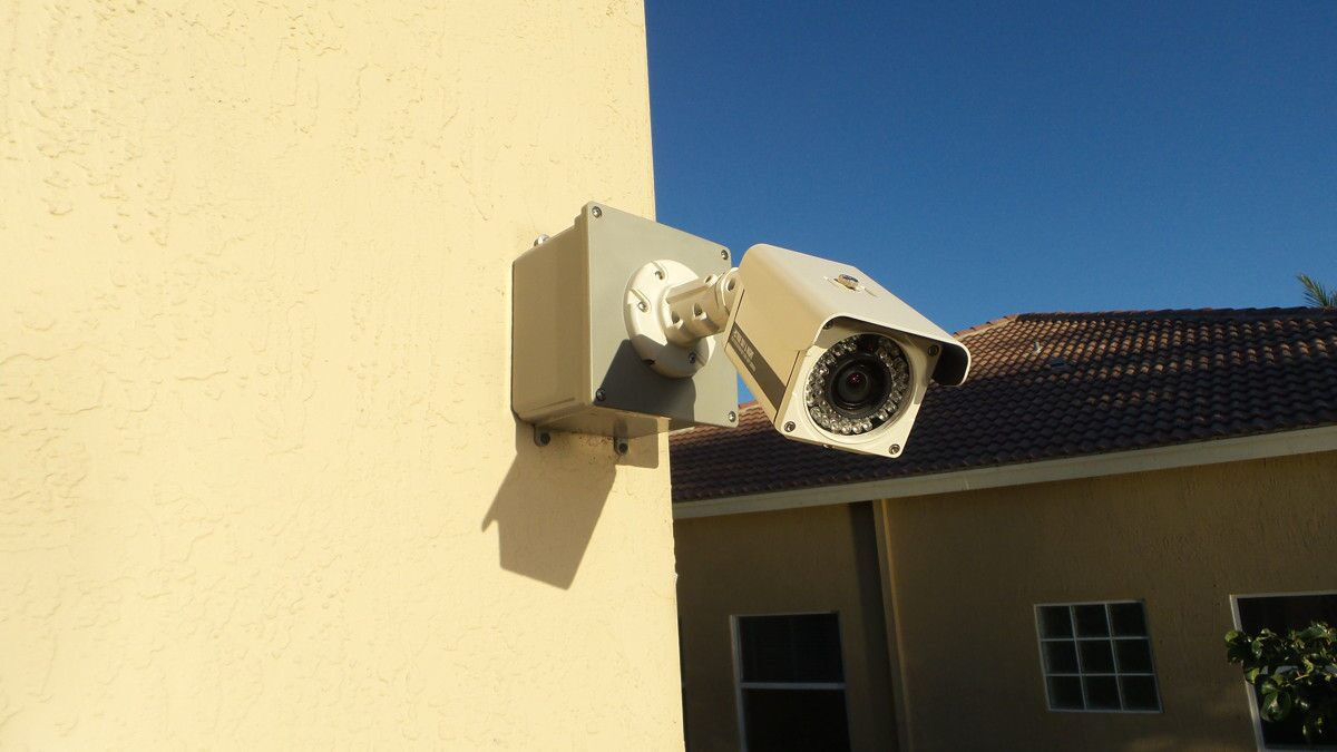 Photo of 5 Advantages of Installing Wireless Security Cameras on Your Property