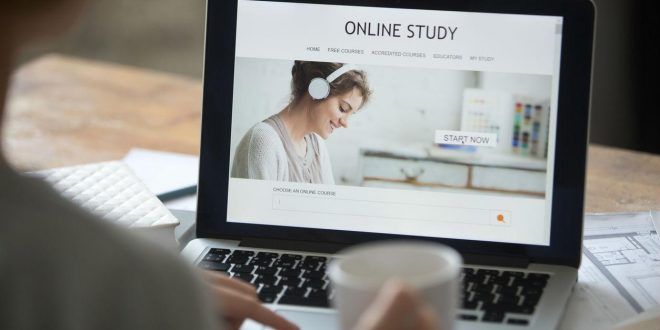 5 Strategies to Succeed in an Online Degree Program