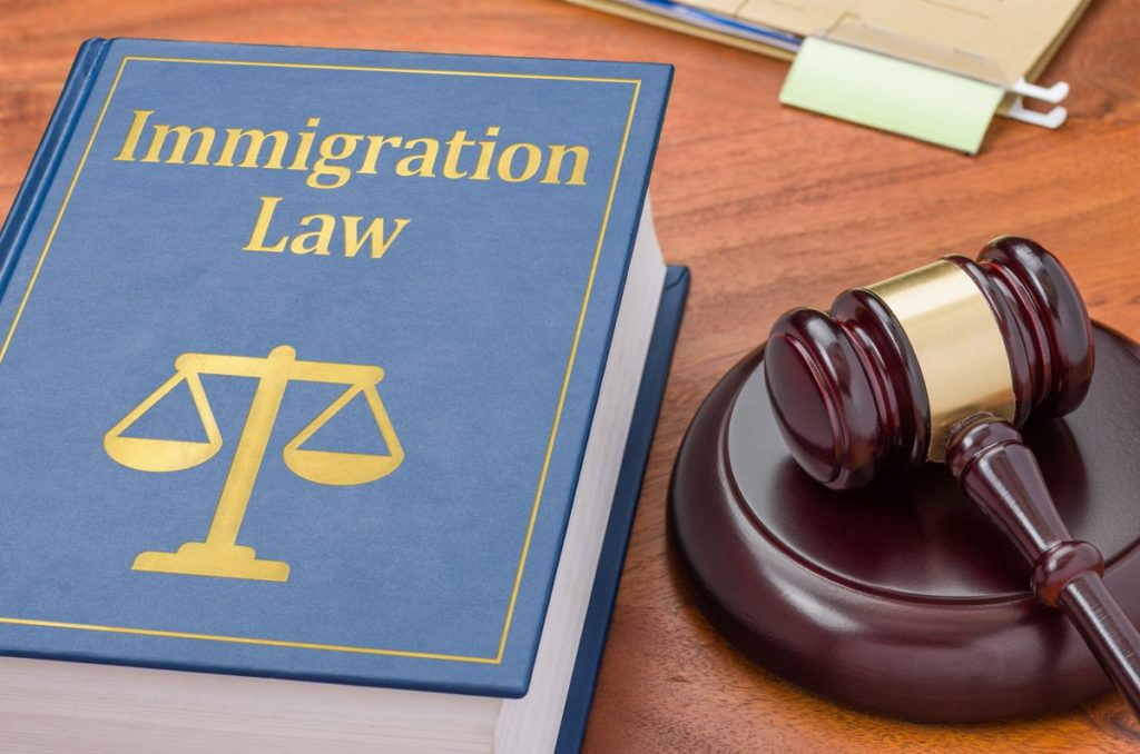 Find best immigration lawyer for your legal problem