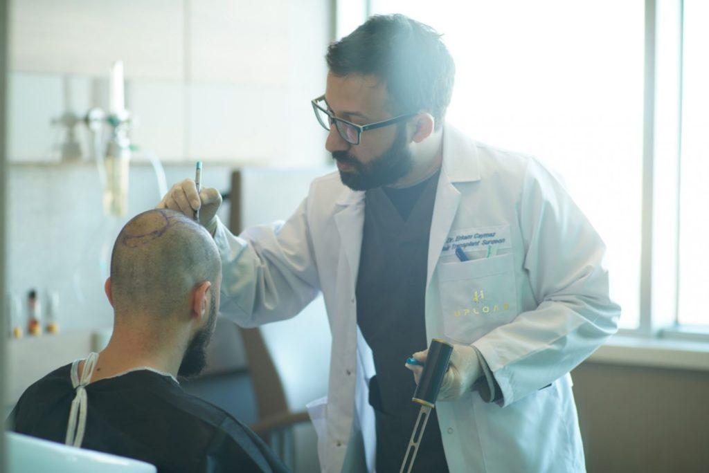 Dr.Erkam CAYMAZ - Hair Upload Clinic