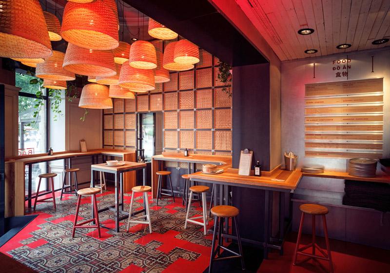 Asian restaurant décor
